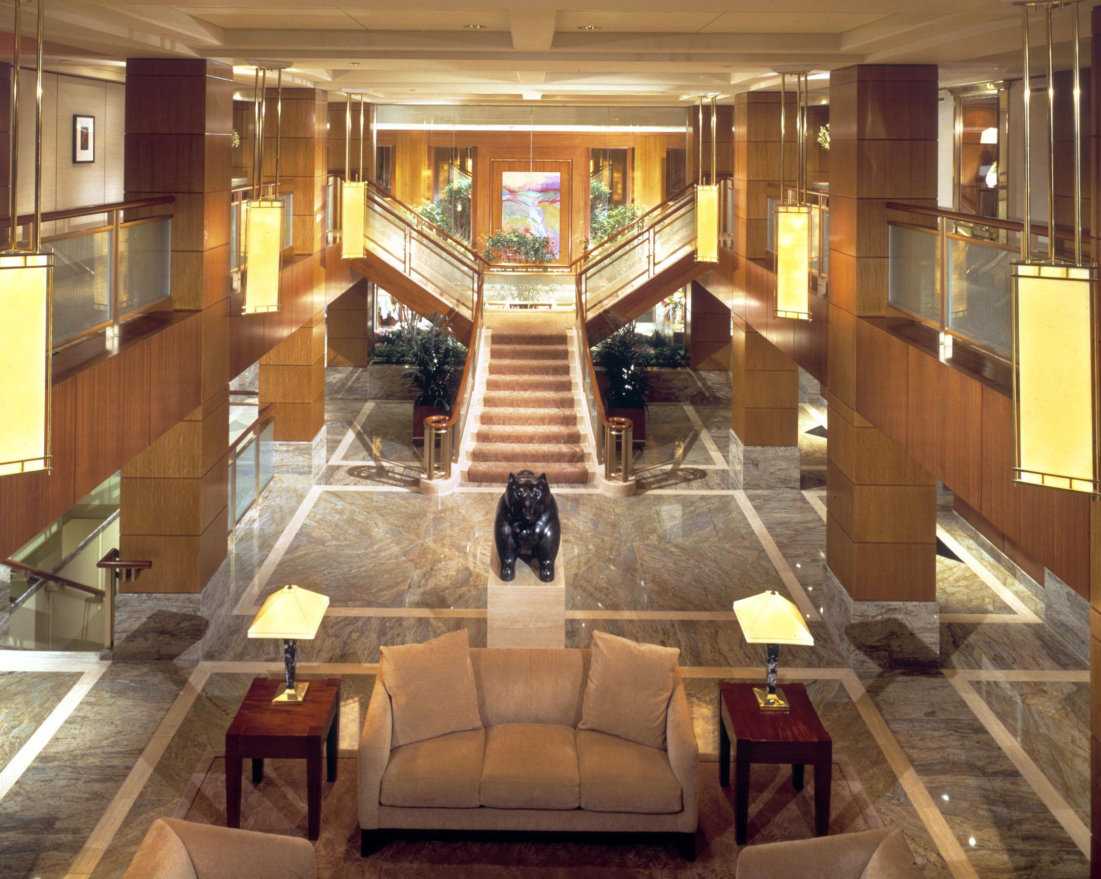 Kitano New York's lobby