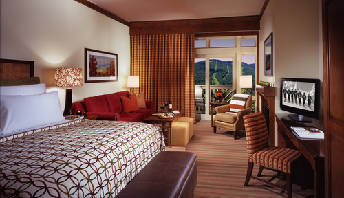 The rooms at Stowe Mountain Lodge exude a mountain chic ambience.
